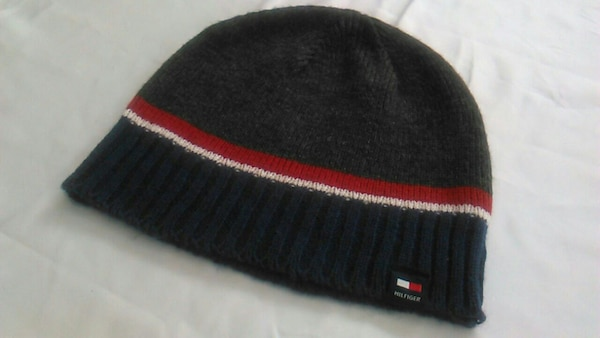 ff9bcf54b87 Used Tommy Hilfiger beanie for sale in Vancouver - letgo