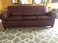 Pottery Barn Manhattan Leather Sleeper Sofa/Couch/Pullout Fredericksburg