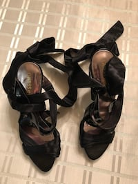 Black leather open-toe heeled (size 8-1/2) sandals Toronto, M3H 3B1