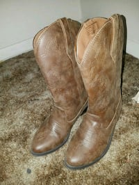 pair of brown leather cowboy boots Grand Junction, 81505