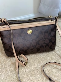Coach Bag Springfield, 22151