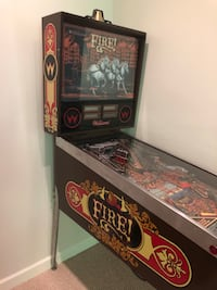 Antique FIRE Pinball Machine Mc Lean, 22102