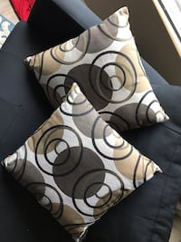 Accent pillows Simi Valley, 93065