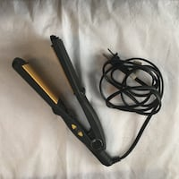 Black and brown hair flat iron