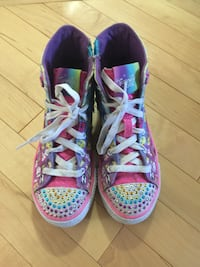 Skechers Twinkle toes happy face shoes. Size 2 youth  Edmonton, T5H 0E9
