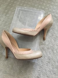 Nude heels size 37 Burnaby, V5C