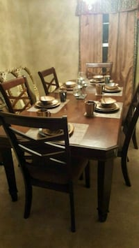 Elegant Dining room table Price Reduced Federalsburg, 21632