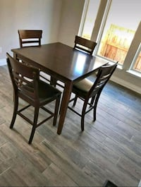 Dining Table (bar height) Round Rock, 78664