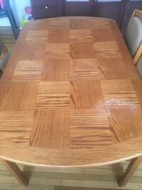 Dining table with leaf