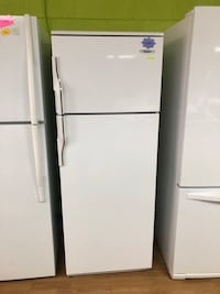 Small White Haier Top Freezer Refrigerator  29 mi
