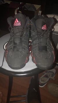 Pair of black-and-red nike basketball shoes Birmingham, 35242