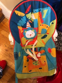 Chair/rocker - infant to toddler