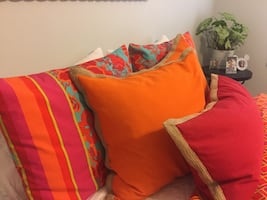 Red and turquoise comforter and throw pillows (Queen)