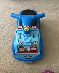 Walker/rider for toddler come with 3 different sounds.  Annandale, 22003