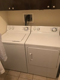 white washer and dryer set Laval, H7G