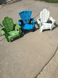 3 little chairs $7 for all Junction City, 66441