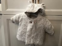 Newborn fur , never worn with tag Montréal, H8R 2M5
