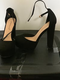 Pair of black open toe ankle strap heels Fort Washington, 20744