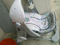 baby's gray and white bouncer Hawthorne, 90250