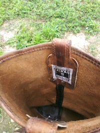 brown leather cowboy boots with box Austin