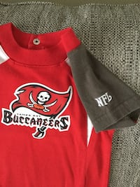 Officially licensed NFL Tampa Bay Buccaneers onesie 3-6 month size Venice, 34292
