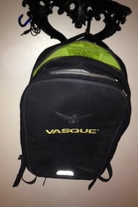 black and green Vasque backpack Calgary, T3C