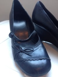 Pair of black leather shoes Lloydminster (Part), S9V