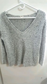 Garage Sweater size small Surrey, V3T