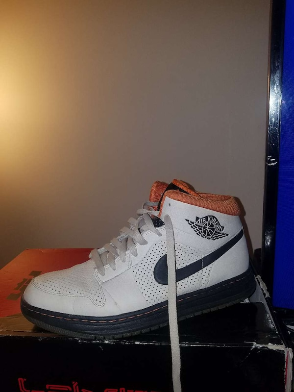 2fb78603bc7 Used Jordan retro 1 for sale in Denver - letgo