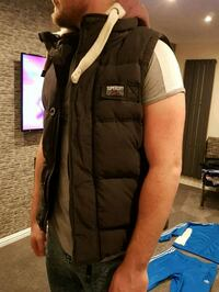 Superdry Gilet Size L Cheshire East, CW1 4UA