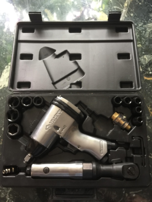 "Husky 1/2"" Impact Wrench and 1/2"" Ratchet Wrench Set 3"