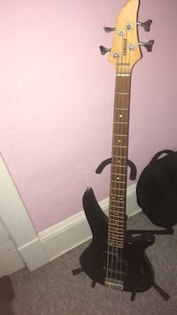 Electric Bass Guitar Cleveland, 44102