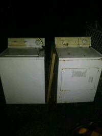 white clothes washer and dryer set Woodbridge Township, 07095
