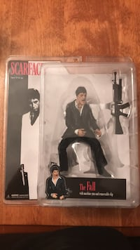 Scarface The Fall Figurine Mississauga, L5B 4E1
