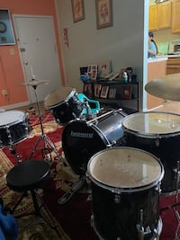 Ludwig drums set