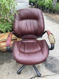 brown leather padded rolling armchair Highland, 92346