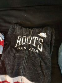 black and white Hollister pullover hoodie Hamilton, L8T 3T2