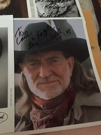 Willie Nelson signed pictures 2 of them Tulsa, 74112