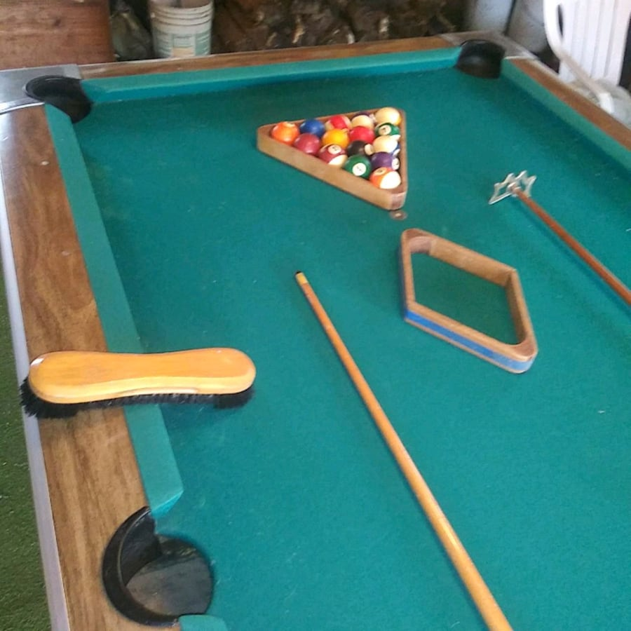 1995 Brunswick pool table