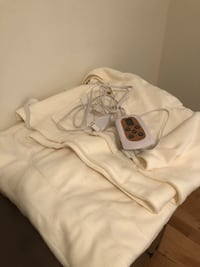 New Electric Blanket with timer fits any size bed Milton, L9T 0B3