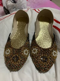 Khussas size 8,9,10 are left Mississauga, L5V 1R4