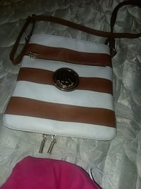 brown and white leather Michael Kors purse Dyersburg, 38024
