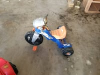 toddler's blue and white trike Bakersfield, 93309