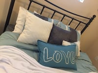 blue-and-white bed linen set San Antonio, 78230