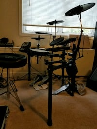 black electric drum set Washington, 20406