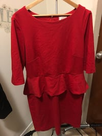 Red scoop neck 3/4 sleeve dress  Washington, 20010