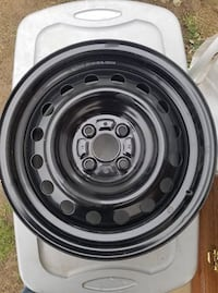 4 Lug Ford Rim NEW $40 Dresden