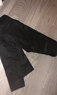 Evernew Leatherette Pants Size 0 Toronto, M4Y 1K3