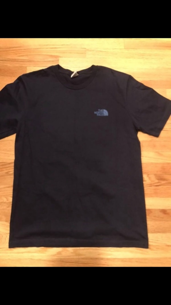 North face cotton tshirt. 0
