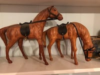 Twin brown leather horse display  Mc Lean, 22102